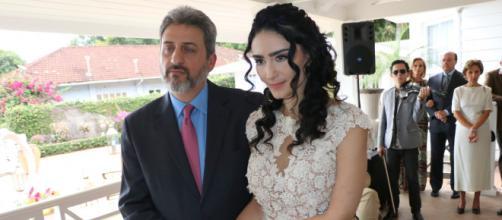 Casal subiu ao altar em abril deste ano.