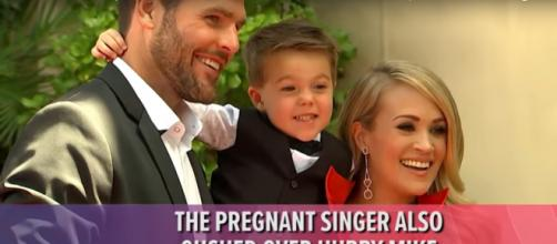 Mike Fisher's heartfelt words to wife Carrie Underwood made her Oklahoma Hall of Fame recognotion extra-special.[Image source:Access-YouTube]