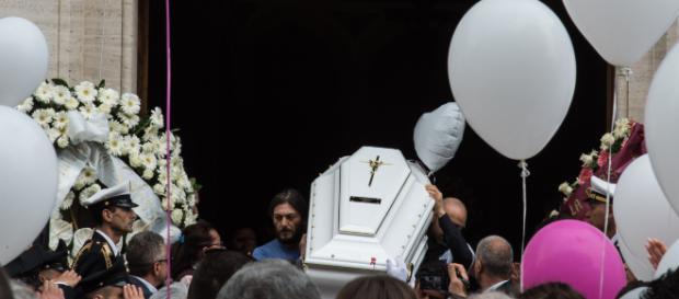 Cagliari, mal di pancia le fa perdere conoscenza: muore a 7 anni nel giro di cinque giorni - newnotizie.it
