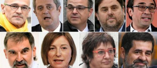 Romeva, Forn, Turull, Junqueras, Rull, Cuixart, Forcadell, Bassa y Sànchez. / El País