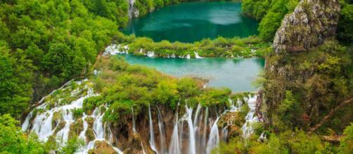 Acompanhe e conheça os lagos mais bonitos do mundo.