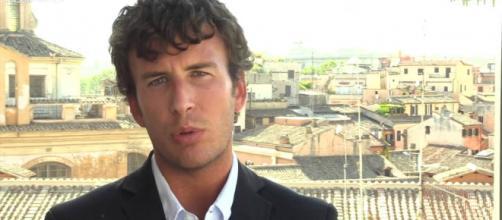 Diego Fusaro critica il Black Friday