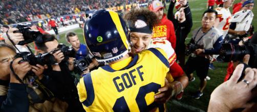 Goff y Mahomes tuvieron más de 800 yardas combinadas. wwibtimes.com