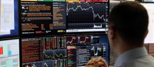 La Borsa di Milano oggi ha perso terreno
