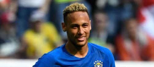 Neymar Jr durante un partido con la verdeamarela.
