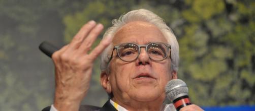 Roberto Castello Branco ocupará a presidencia da Petrobras no ... - com.br