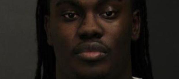 Adrian Dreshaun Middleton ha lasciato soli in auto i figli di 6 e 1 anno. Durante la sua assenza, la maggiore ha ucciso il fratellino.