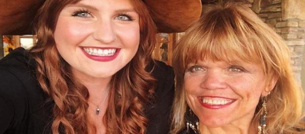 Amy Rolo9ff of Little People, Big World bons with Future daughter In Law Isabel - Image credit - Amy J Roloff   Instagram
