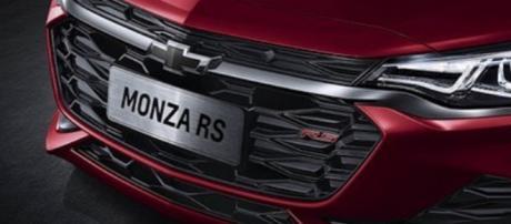 Novo Monza é apresentado pela Chevrolet na China com motor turbo