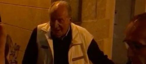 Burlas contra Juan Carlos al salir de una marisquería de Vigo ... - elespanol.com