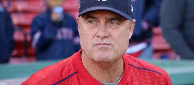 Could the Chicago Cubs hire John Farrell? [image source: Arturo Pardavila/Wikimedia Commons]