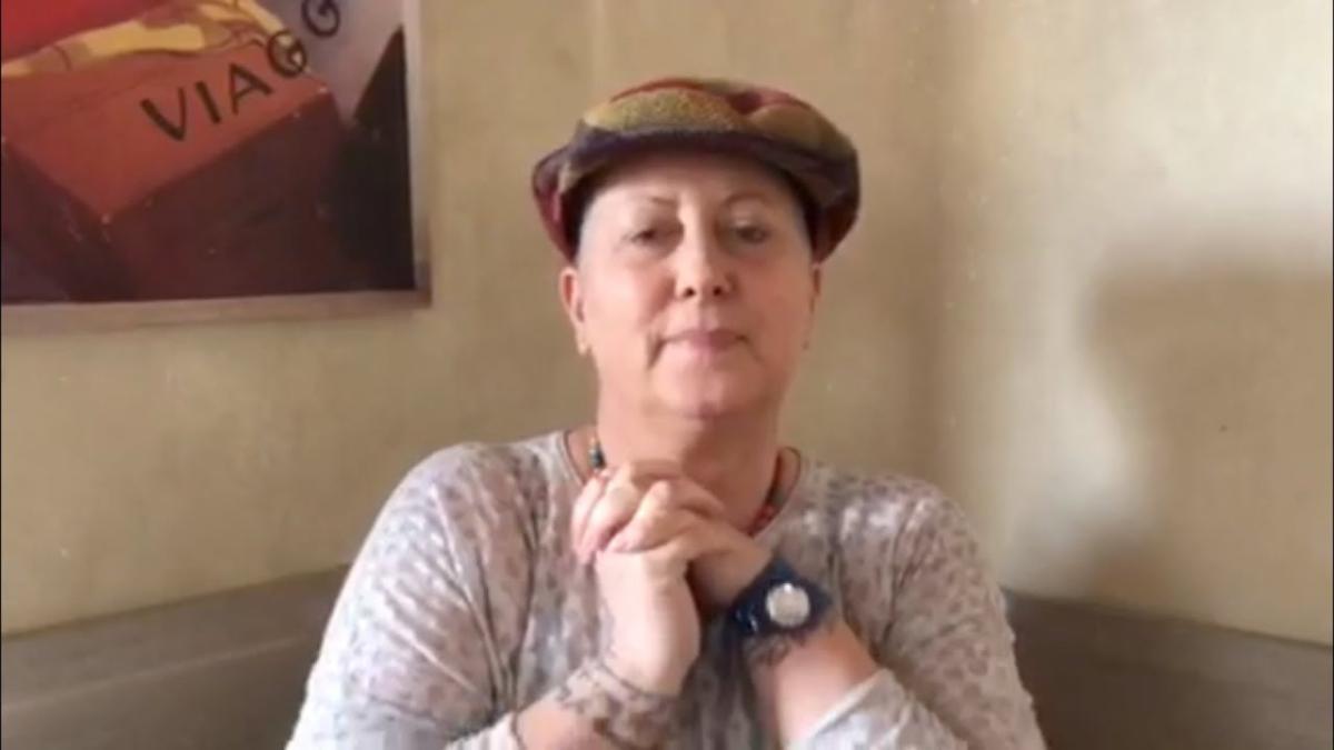 Carolyn Smith aggiorna sulla sua malattia: 'Il tumore è cresciuto ma sta  morendo'