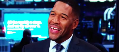 Former NFL star and current TV personality Michael Strahan is among the celeb birthdays on Nov. 21st. [Image via Good Morning America/YouTube]