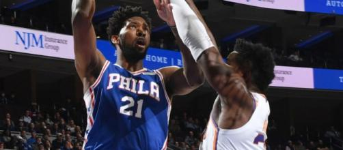 Joel Embiid continues to dominate the competition as he did against the Pelicans on Wednesday. [Image via NBA/YouTube]