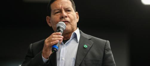 Vice-presidente eleito, Hamilton Mourão, comandará atividades ministeriais no governo Bolsonaro. (foto reprodução).