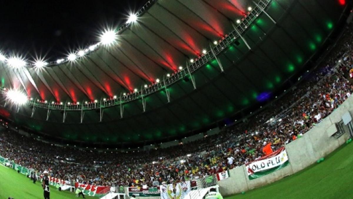 Fluminense X Atlético-PR  setor Leste Superior do Maracanã tem carga de  ingressos esgotada c2c2740f04470