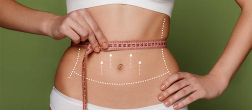 A recuperação da abdominoplastia ocorre em aproximadamente 60 dias. (foto reprodução).