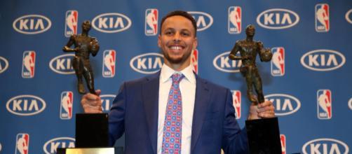 Curry marcou a NBA conquistando títulos importantes.