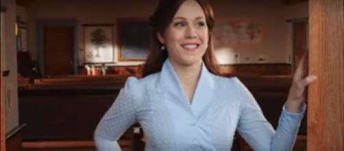 Erin Krakow of When Calls the heart keeps her good sense of humor on set and at home. [Image source: TVPromos/YouTube]