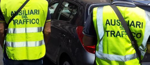 Multe, ddl Baldelli: limitare i poteri degli ausiliari del traffico