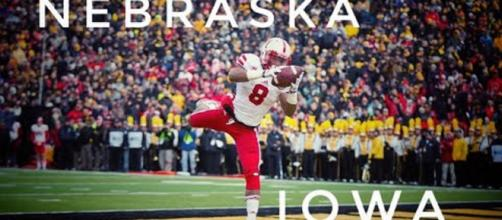 The Nebraska Cornhuskers fell just short of getting a big upset win over the Iowa Hawkeyes on Friday night. [Image source: Elite Sports/YouTube]
