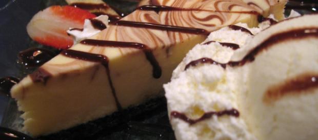 Marble cheesecake melds chocolate, vanilla, and cream cheese. [Source: Simon Law - Flickr]