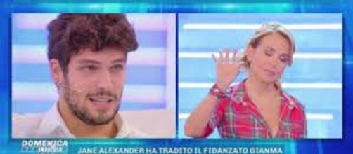 Domenica Live, Barbara D'Urso bacchetta Elia Fongaro: 'Potevi non entrare al Gf Vip'