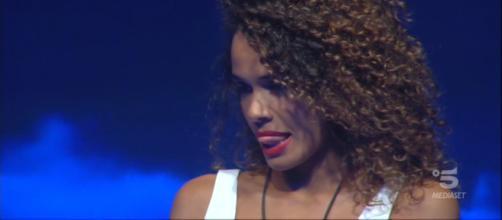 Martina Hamdy è l'eliminata della tredicesima puntata del Grande Fratello Vip