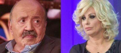 Maurizio Costanzo rimprovera Tina Cipollari: 'A Uomini e Donne deve ridimensionarsi'.