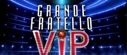 Salta l'ospitata di Deianira al Grande Fratello VIP