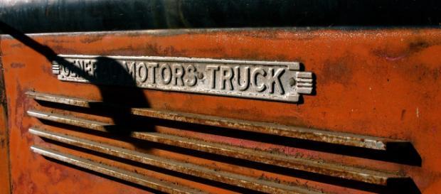 Photo of a General Motors truck [watch4u / Flickr]
