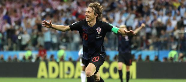 Luka Modric puede dejar su titularidad en el Real Madrid