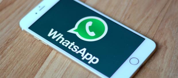 Possibile recuperare le foto cancellate su whatsapp e inviare e ascoltare messaggi vocali consecutivi