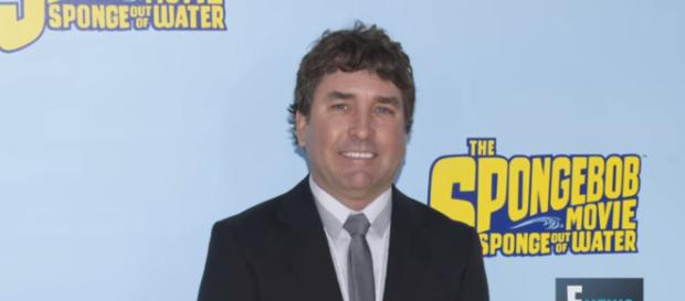 SpongeBob SquarePants creator Stephen Hillenburg has passed away. [Image Credit] E! News - YouTube