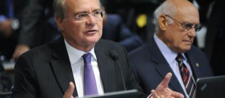 Senadores Renan Calheiros e Lasier Martins se enfrentam pela disputa do comando do Senado em 2019. (foto reprodução).