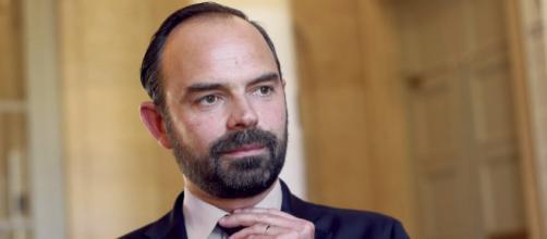 Édouard Philippe confirme le maintien de la taxe carbone