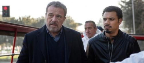 I due protagonisti della serie 'Nero A Metà'.