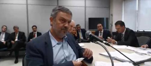 Palocci teve pena reduzida e cumprirá pena em prisão domiciliar