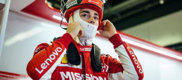 Test Abu Dhabi, seconda giornata: Charles Leclerc subito in vetta con la Ferrari - motorbox.com