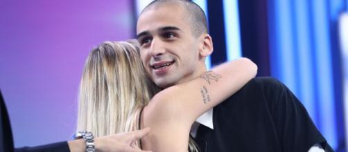 María y Pablo se abrazan en 'OT 2018'. / RTVE.es