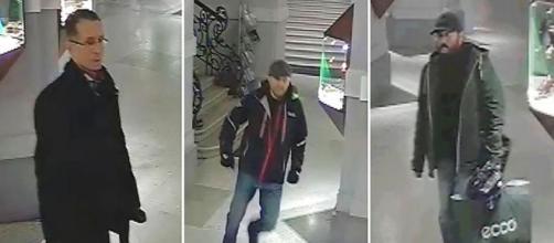 Renoir rubato dalla casa d'aste di Vienna, la polizia diffonde le foto dei tre ricercati - Photo APA/LPD Wien