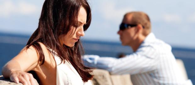 A confiança é um laço extremamente importante para prosseguir com um relacionamento. (foto reprodução).