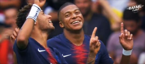 Neymar e Mbappé [Imagem via YouTube]