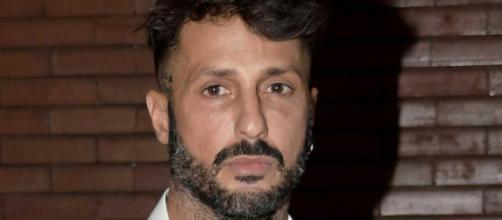Fabrizio Corona: 200 mila euro da Mediaset per recitare una parte al GF e a Verissimo.