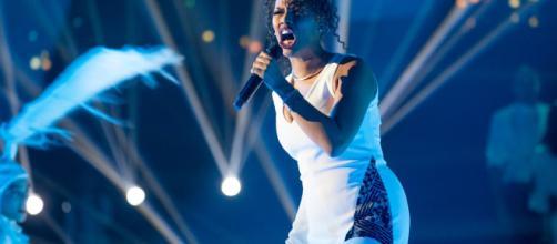 Sherol Dos Santos nel sesto live di X Factor - Foto Wired.