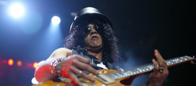 Slash spiega il segreto del suo cappello   Mi nasconde dal pubblico  1f4c59f40c6a
