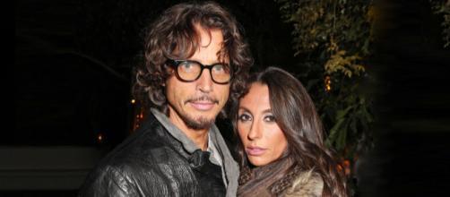 Vicky, la vedova del cantante Chris Cornell, ha denunciato il medico del marito - rollingstone.com