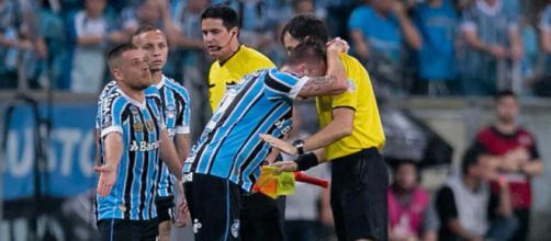 Grêmio entrou com recurso devido a atuação irregular de técnico argentino