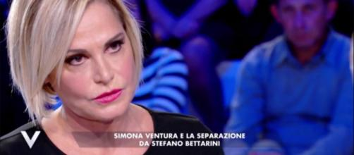 """Simona Ventura si racconta a Verissimo: """"Sapevo delle scappatelle di Bettarini ma sono stata zitta"""""""