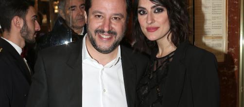 Elisa Isoardi su Chi: 'Con Matteo ci siamo lasciati due mesi fa'